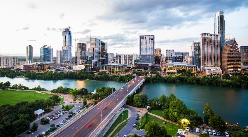 the city skyline of Austin, Texas